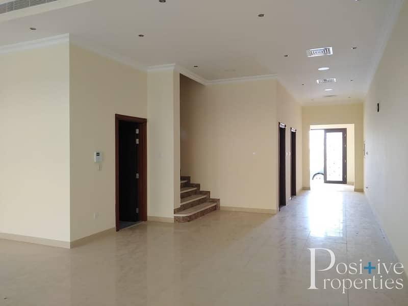2 Near School | 4BR+M | Pool View  Villa Al barsha 1