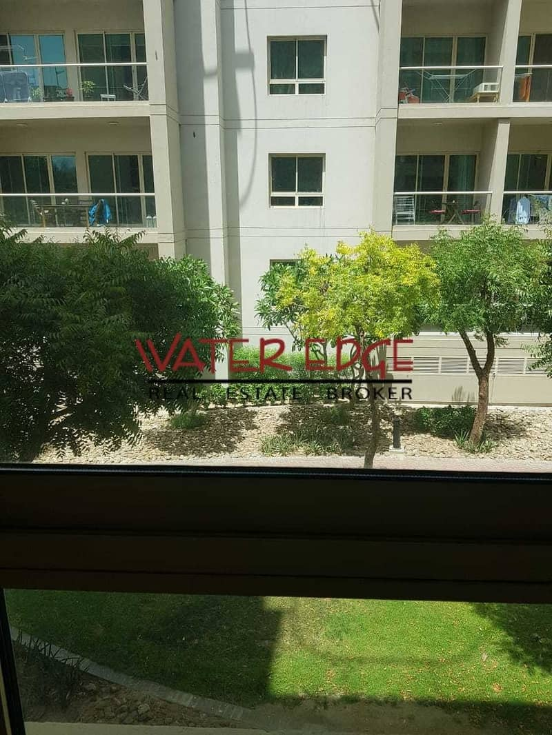 2 1BR I Well Maintained I Street 3