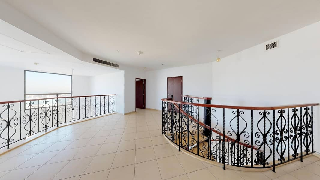 Towering 4-BR duplex with magnificent sea views