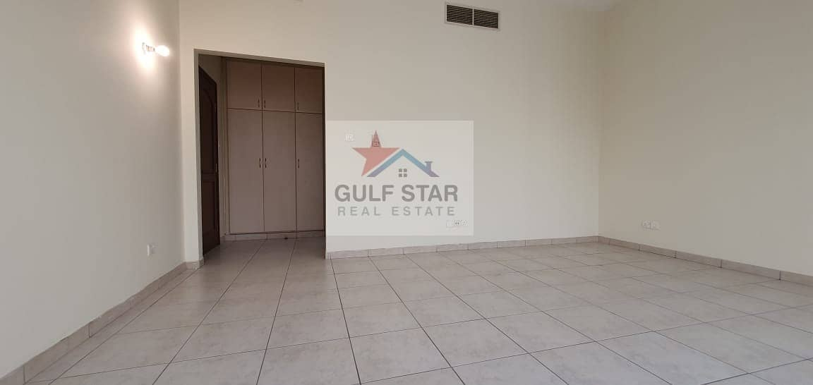 Spacious 3 Bedroom Apartment with Parking/Maids Room