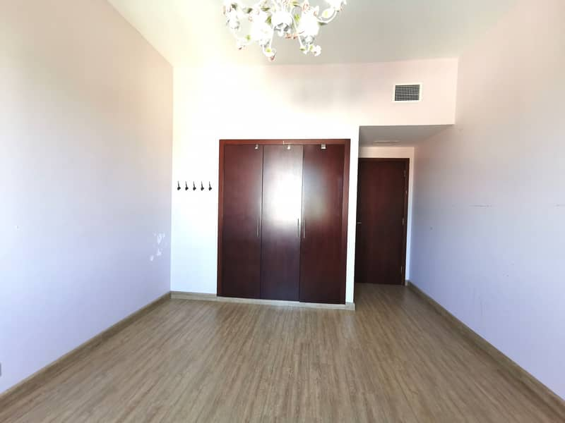 2 Spacious 3bedroom with maids room