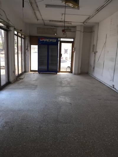 Shop for Rent in Al Wahda Street, Sharjah - Amazing Offer Shop 600 SQ Feet / 32K + 1 Month free