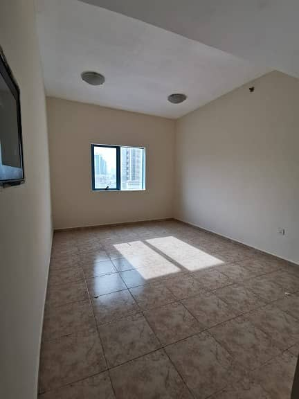 GOOD SIZED!!! 1BHK!!! FOR JUST AED 18000