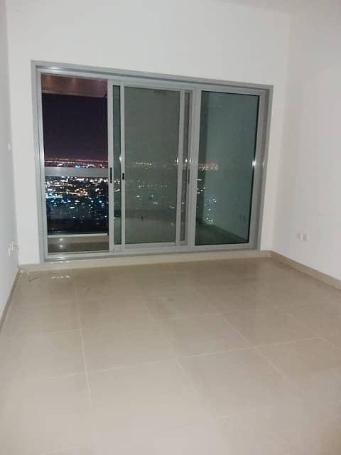 شقة في برج الكورنيش كورنيش عجمان 1 غرف 32000 درهم - 4606919
