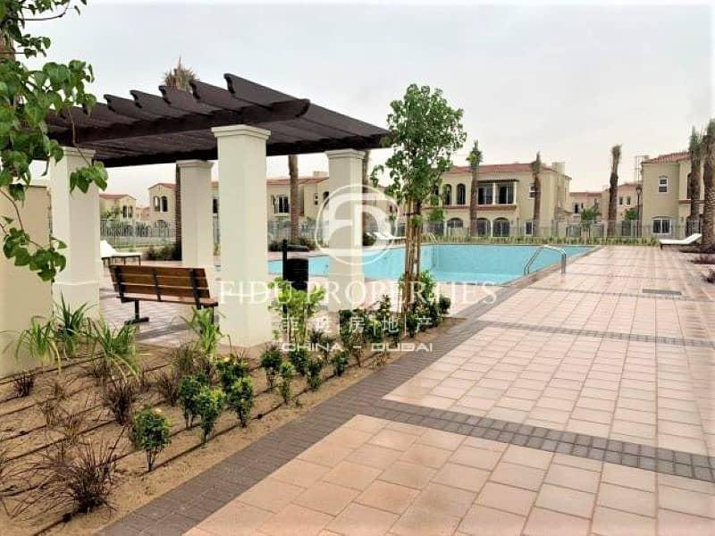 12 Single Row | Luxury Community | Central Location