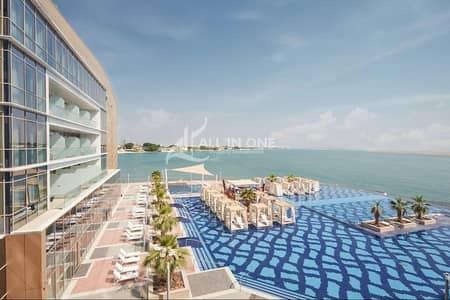 4 Bedroom Villa for Rent in Al Bateen, Abu Dhabi - Irresistable 4BR Duplex in Sea view with 2 Parking!