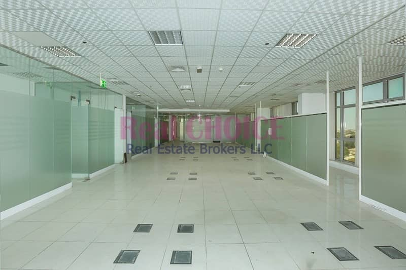 Vacant Now|Fitted Office Space|Good Location In DP