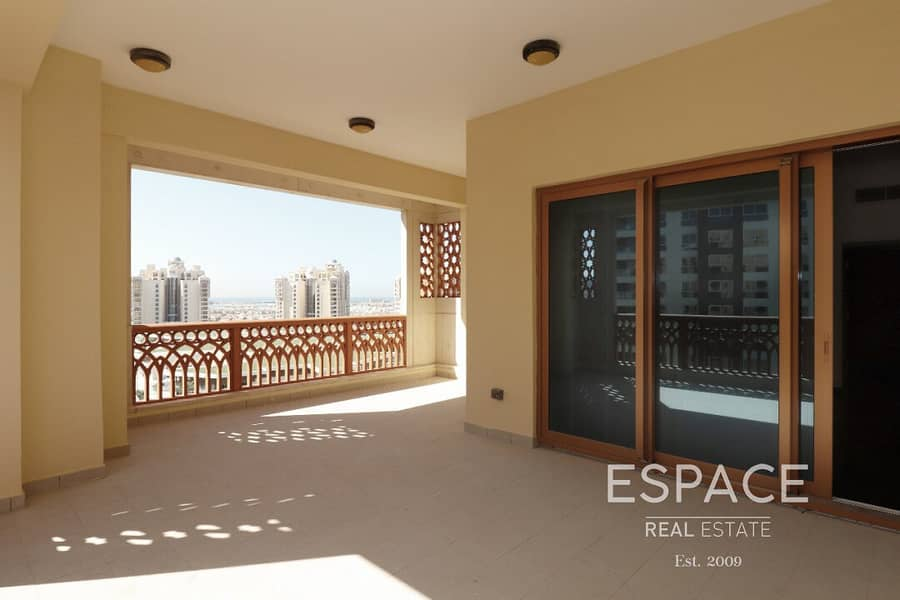 12 View Today - Large Terrace - Biggest 2 beds - Community Pool