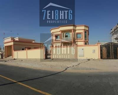 فیلا 7 غرف نوم للايجار في عود المطينة، دبي - Extremely spacious: 7 b/r villa