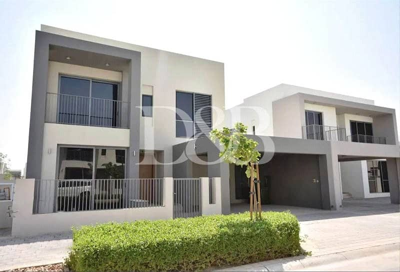 10 Single Row Facing Green Patch | Type E3 4BR+Maids