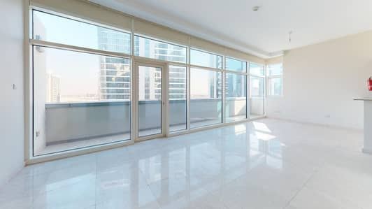 Studio for Rent in Business Bay, Dubai - Water views | Vacant and ready | Contactless tours