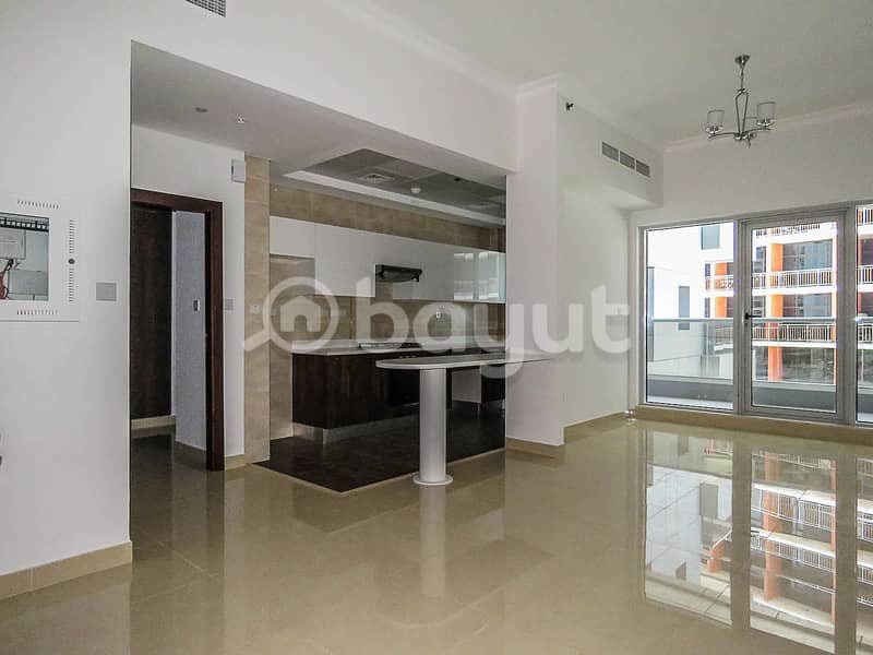 Bright & Spacious 1 BR, ONE MONTH FREE! 6 Cheques !