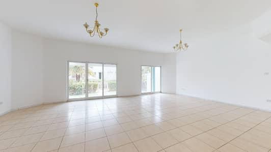 4 Bedroom Villa for Rent in Dubai Media City, Dubai - Contactless tours | Built-In Wardrobes | Garden Space