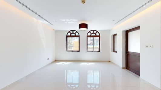 3 Bedroom Flat for Rent in Palm Jumeirah, Dubai - Spacious apartment | Downstairs bedroom | Pay monthly