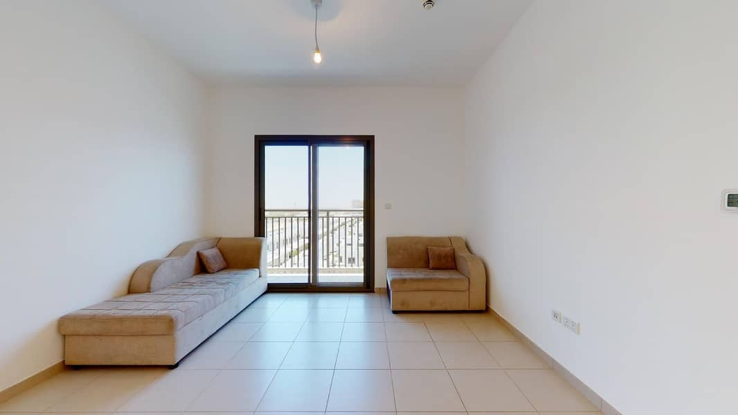 2 Bright Apartment | Pool Access | Rent Online