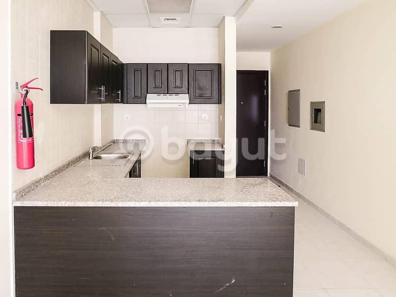 شقة في أبراج أحلام جولدكريست مدينة الإمارات 1 غرف 205750 درهم - 4612329