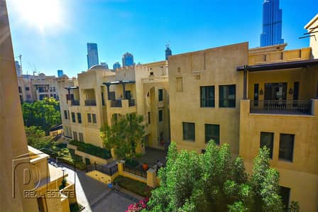 1 Bedroom Flat for Rent in Old Town, Dubai - Impeccable Condition   BK & Community View