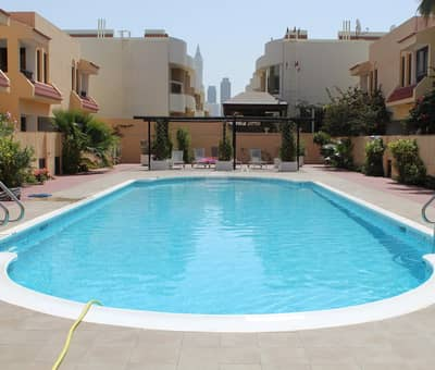4 Bedroom Townhouse for Rent in Jumeirah, Dubai - Vacant and well maintained compound villa