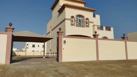 | Standalone | Majestic 5 Bedroom villa with Huge Yard at MBZ