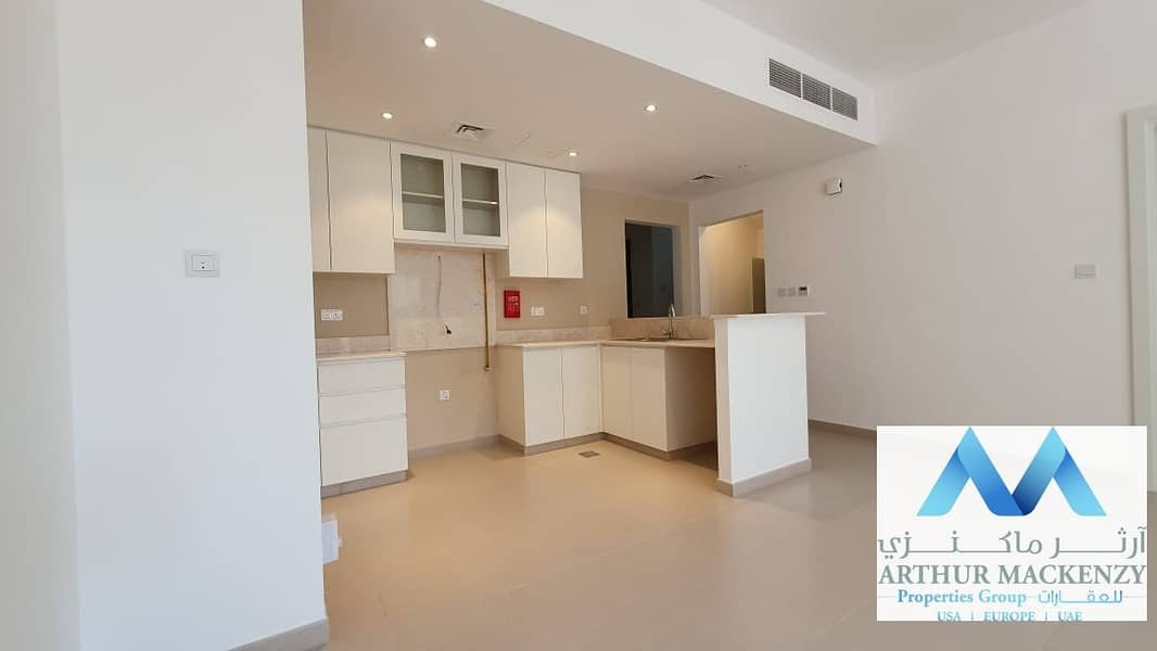 2 Overlooking Park | Close to Pool |1 Month Grace - Safe Townhouse