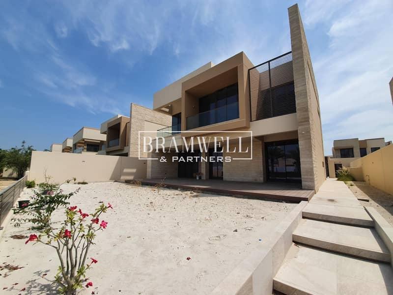 Stunning 4 Bedroom Villa For Sale