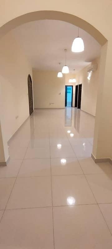 فلیٹ 4 غرف نوم للايجار في مدينة خليفة أ، أبوظبي - شقة في مدينة خليفة أ 4 غرف 110000 درهم - 4612125