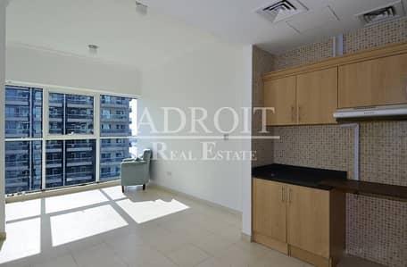 شقة 1 غرفة نوم للبيع في الخليج التجاري، دبي - Canal and Burj Khalifa View | Lovely Spacious 1BR in Mayfair Residency