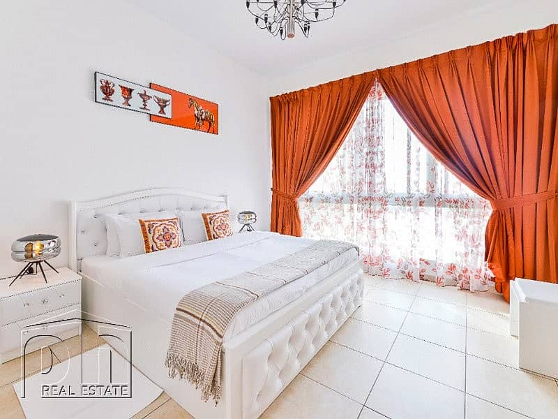 10 Full Sea Views / Fully Furnished