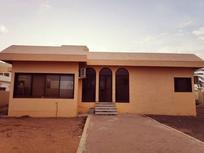 3 Bedroom Villa for Rent in Al Azra, Sharjah - 3 Bedroom Villa For Rent in AL Azraa