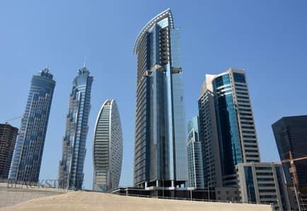 مکتب  للبيع في الخليج التجاري، دبي - Neat and Brigth Office Space for Sale | Vacant | Affordable