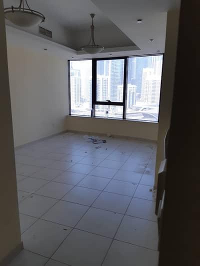 استوديو  للايجار في أبراج بحيرات الجميرا، دبي - شقة في الوليد بارادايس أبراج بحيرات الجميرا 35000 درهم - 4614020