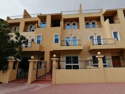 تاون هاوس 4 غرف نوم للبيع في قرية جميرا الدائرية، دبي - 4BR | Maids | Terrace | 2 Parking | Middle unit