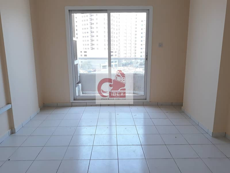 2 Big offer!!!Luxurious 2bhk Family building with Balcony just in 28k in Al nahda sharjah