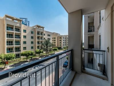 1 Bedroom Flat for Rent in The Views, Dubai - Large and Well Maintained Unit | Chiller Free