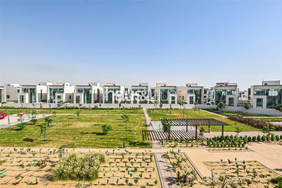 Park Views   Brand New 6 BR Villa