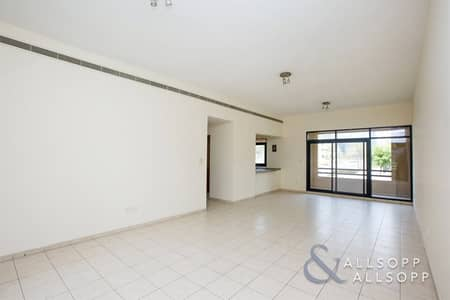 2 Bedroom Apartment for Sale in The Views, Dubai - Vacant | 2 Bed + Study | Great Condition