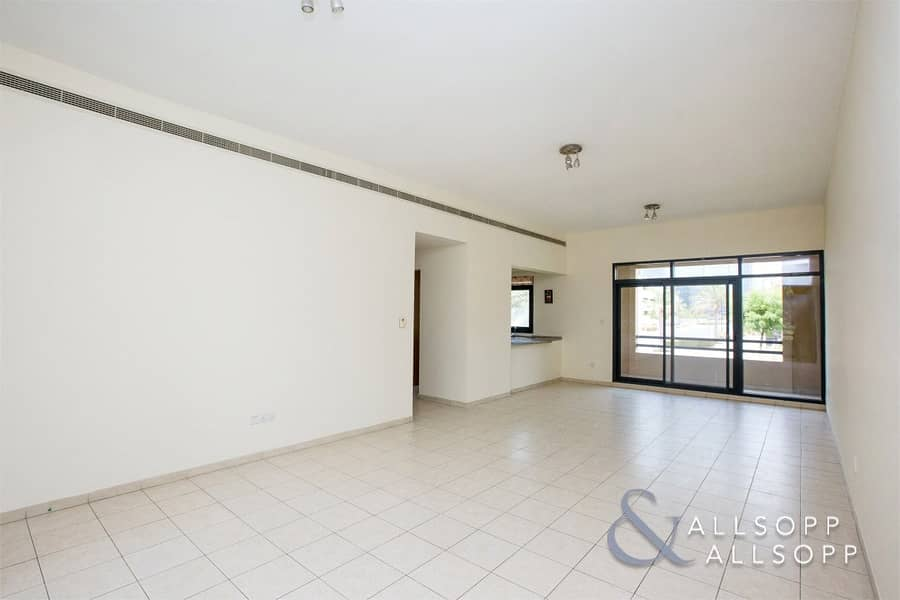 Vacant | 2 Bed + Study | Great Condition