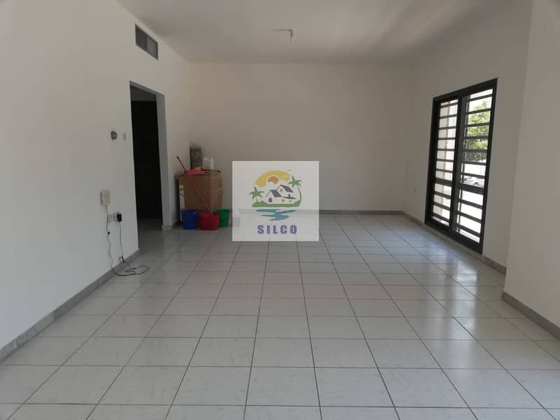 2 Fully Renovated in central a/c with parking