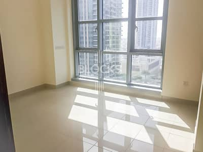 1 Bedroom Apartment for Rent in Downtown Dubai, Dubai - Boulevard view High Floor 1 B/R+study