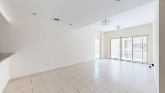 2 Bedroom Apartment for Rent in The Greens, Dubai - Kitchen appliances | Chiller free | Rent online