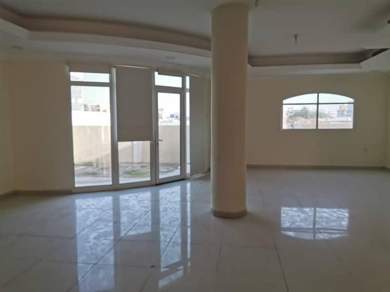 فیلا في مدينة محمد بن زايد 6 غرف 140000 درهم - 4614770