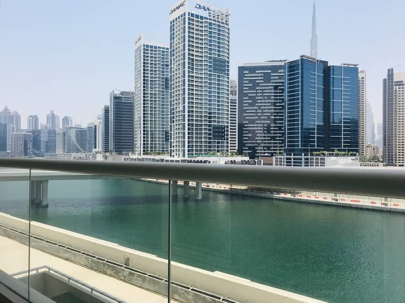 13 STUNNING & PANORAMIC LAKE VIEWS - 1 BED IN MAYFAIR RESIDENCY - WITH APPLIANCES