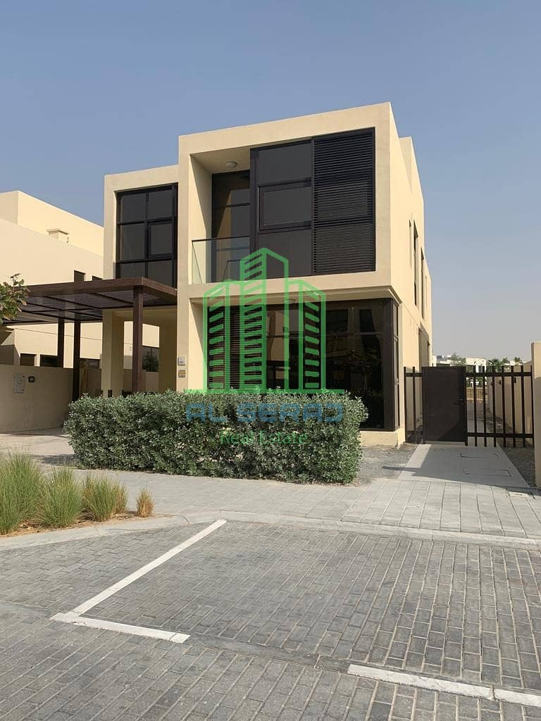 Luxury villa immediate receipt and installment and facilities for 25 years