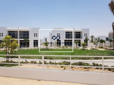 تاون هاوس 3 غرف نوم للايجار في مدن، دبي - Semi Detached I Walkway I Good Location I Single Row