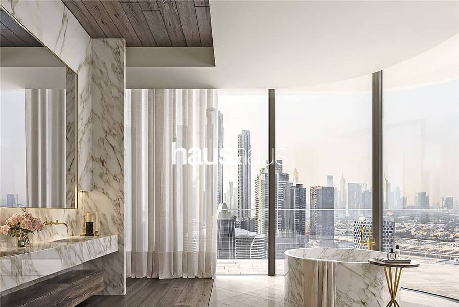 Ultra-Exclusive Residence | Full Floor Penthouse |