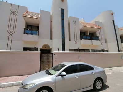 4 Bedroom Villa for Rent in Al Karamah, Abu Dhabi - Glamorious 4 Bedroom Villa In Modern Compound With All Ameneties