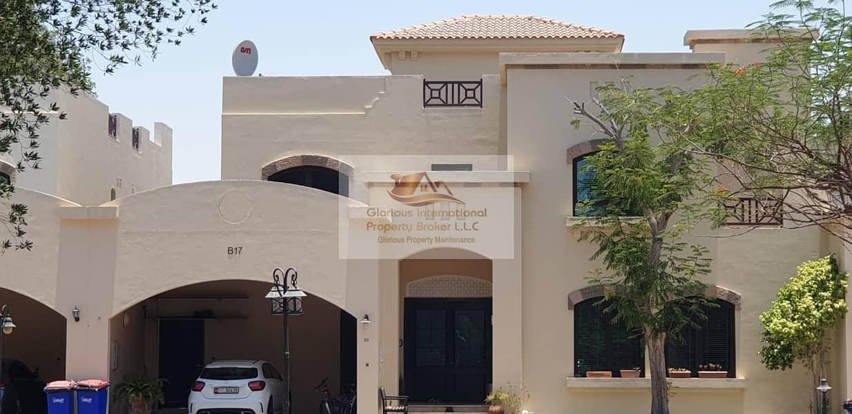 فیلا في مجمع الوزارات منتزه خليفة الطريق الشرقي 4 غرف 185000 درهم - 4615783