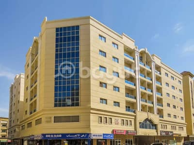 2 Bedroom Apartment for Rent in Muwaileh, Sharjah - DEAL! Very Spacious 2 BHK Apartment Road Facing  with FREE Parking & ONE MONTH RENT FREE  @ 43,000 in Muweilah Commercial