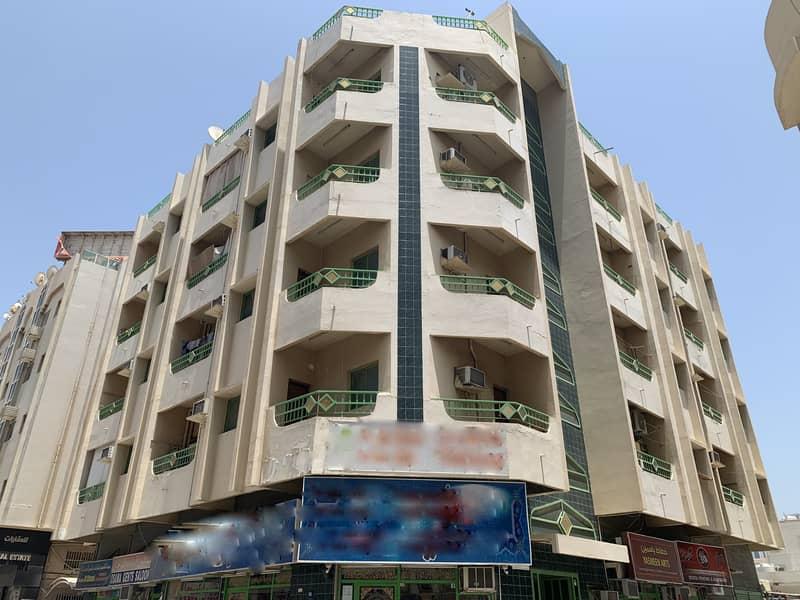 للايجار شقة غرفتين وصالة بسعر لا يصدق في  بعجمان  قرب مستشفى الكويتي في منطقة حيوية