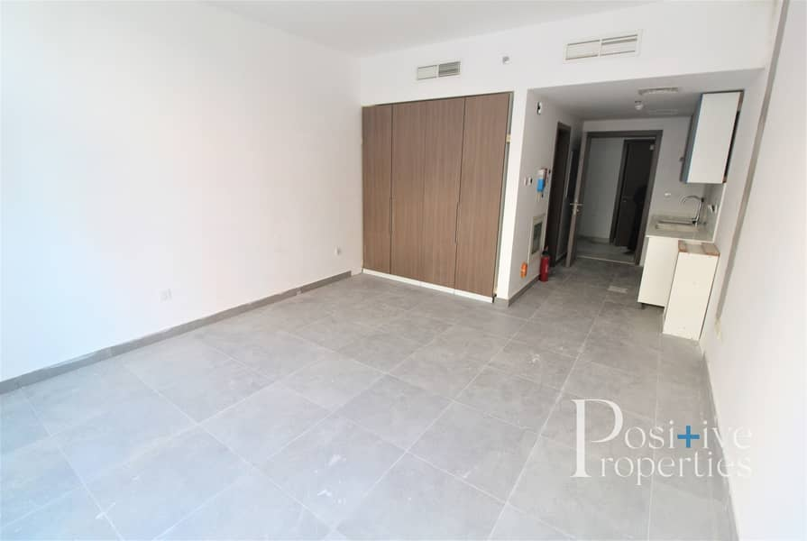 Brand New Building /Modern Kitchen/ All Facilities